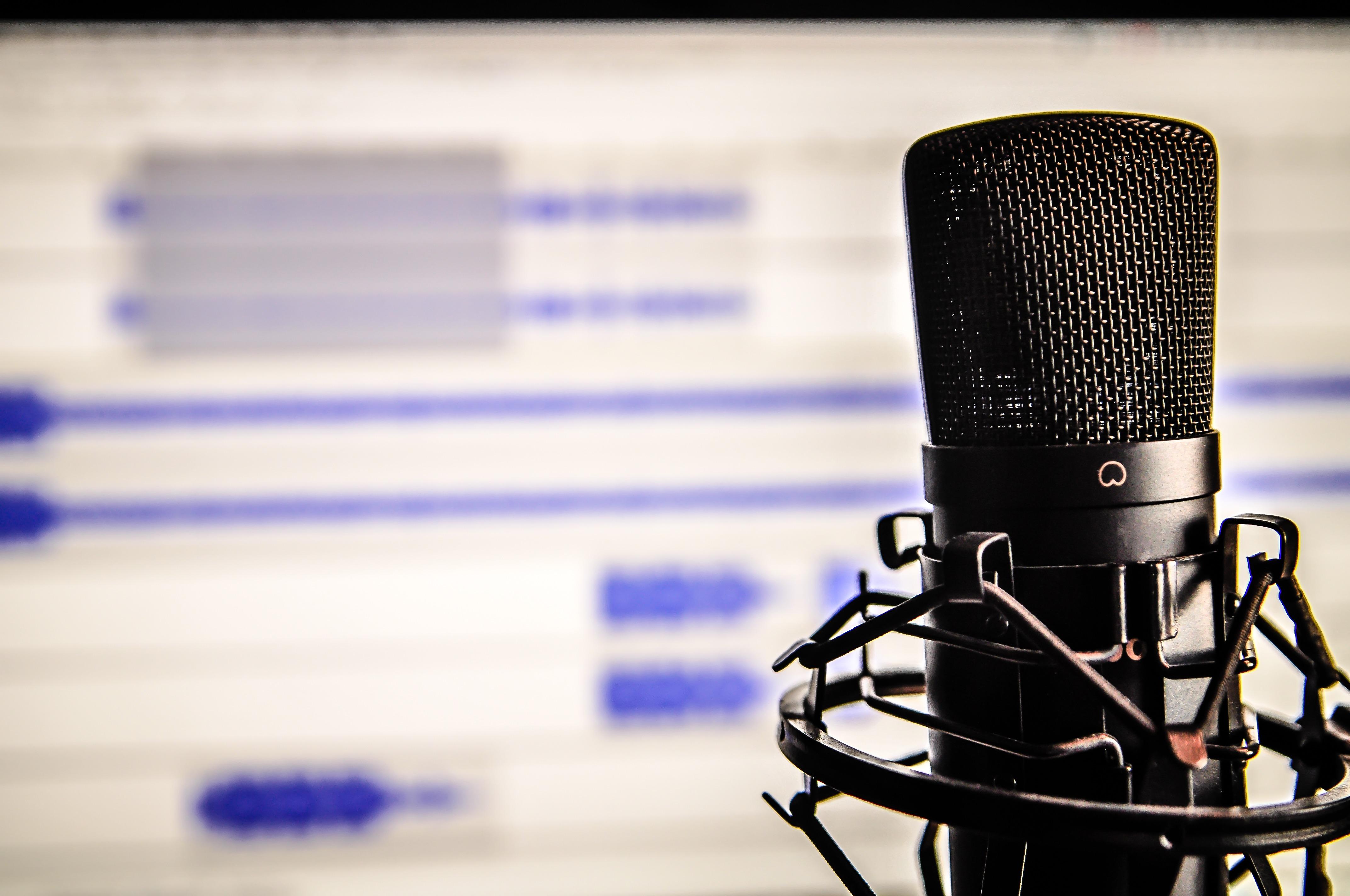 10 podcasts progressives should not miss
